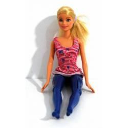 Barbie de piernas...