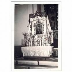 Fotografía antigua de altar...