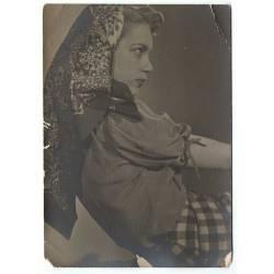 Antigua fotografía de chica...
